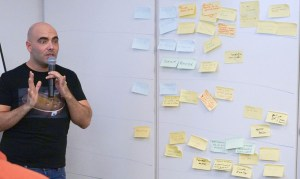 Bertrand Dour anime Trim a product Tree